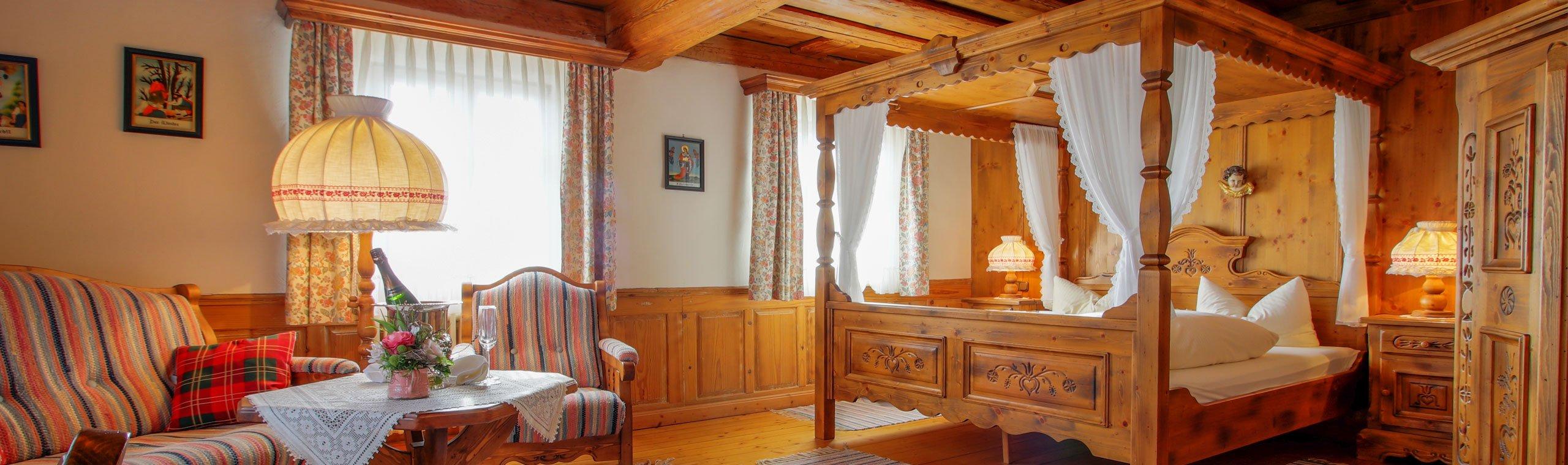 Familienzimmer im Hotel mit hölzerner Ausstattung