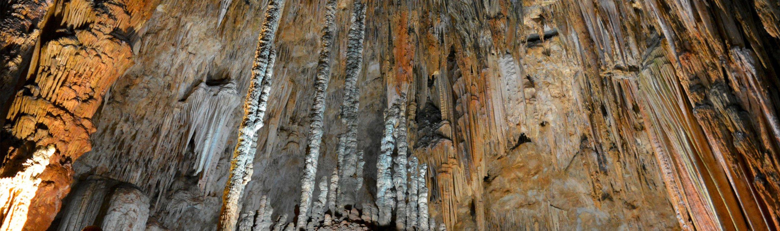 Tropfsteinhöhle in Pottenstein von innen